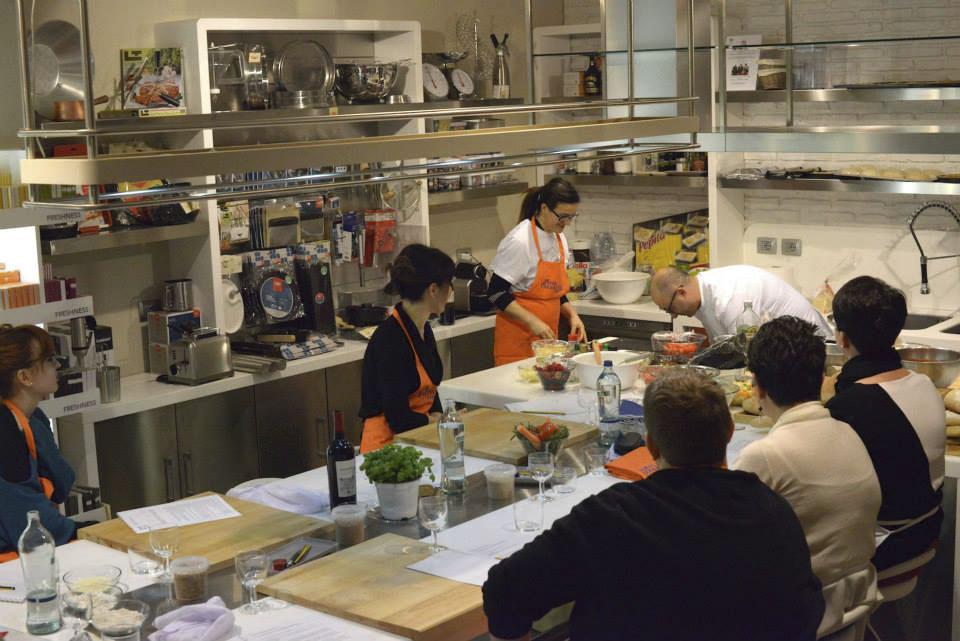 Le foto del corso di cucina sulle pizze dolci e salate da Cozzari ...